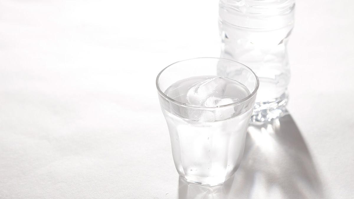 一杯の水で交感神経の スイッチをオンにしよう