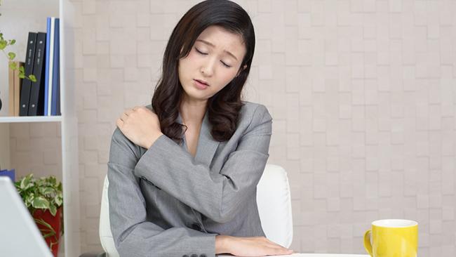 慢性的な疲れ・疲労を感じる原因と対処法とは?年代別に調査