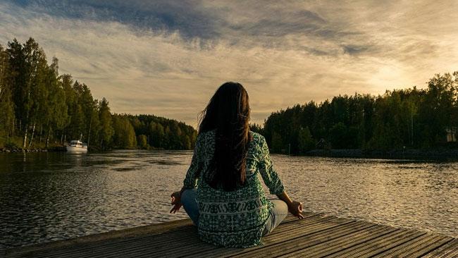 脳の疲れを癒して冷静な自分を取り戻すためには?