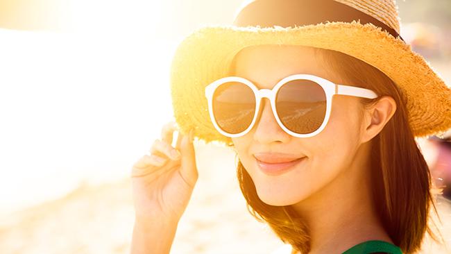 欧米人と比べて、目から紫外線を浴びやすい日本人。目のストレスになる「目日焼け」の予防を!