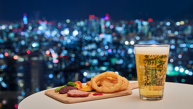 東京の夜景をほろ酔い気分で楽しむ「空よいBar」@サンシャイン60展望台を開催