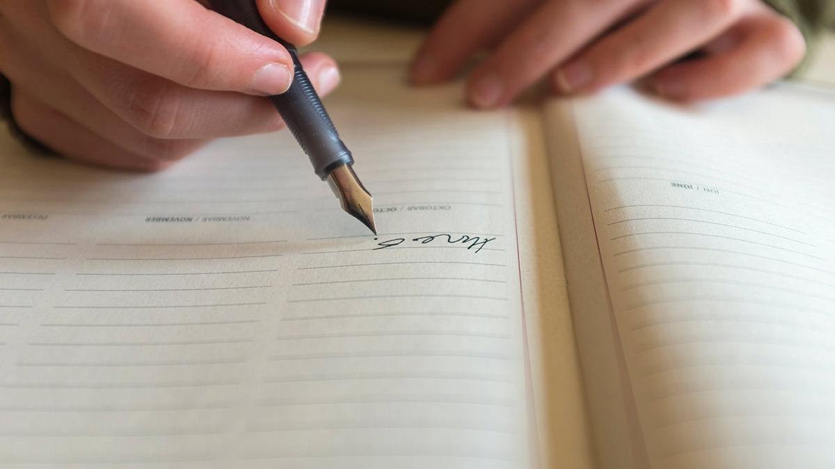 書くマインドフルネスで心の落ち着きを取り戻そう
