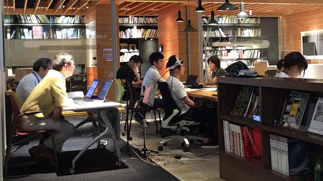 オープン?クローズ?作業目的に応じてオフィス空間で脳活性度も変わる!