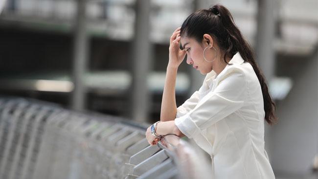 日本は長期不安社会?!7年連続7割が「最近不安を感じている」