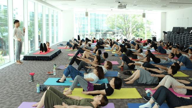 呼吸が会議を活性化する?〜ラッシュジャパンの事例に見る、ピラティスで仕事を向上させる方法(前編)
