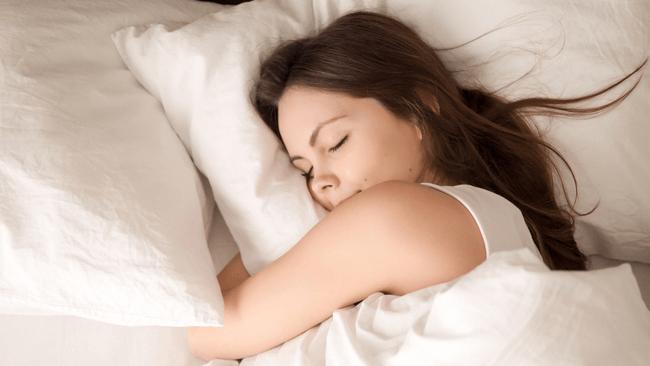 8割の女性で起きている、1回の睡眠で2回以上発生している「無自覚夜ふかし」とは?
