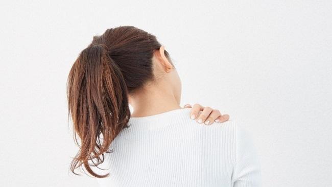ストレートネックを改善させるにはヘッドスパが効果的なの?