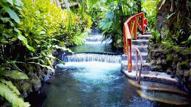 世界の温泉地巡り コスタリカ – タバコン温泉
