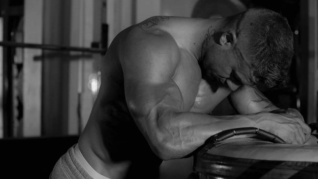 筋肉自慢に要注意!「筋トレ中毒」な男性に対する女性の不満とは?