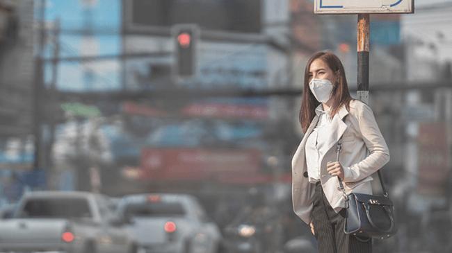 美容にも影響?!空気中の有害物質で気になるのはPM2.5、排気ガス、●●●