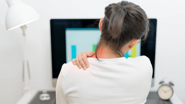 在宅勤務者の7割以上で「肩コリ・腰痛」が深刻な「在宅こり」が判明!!