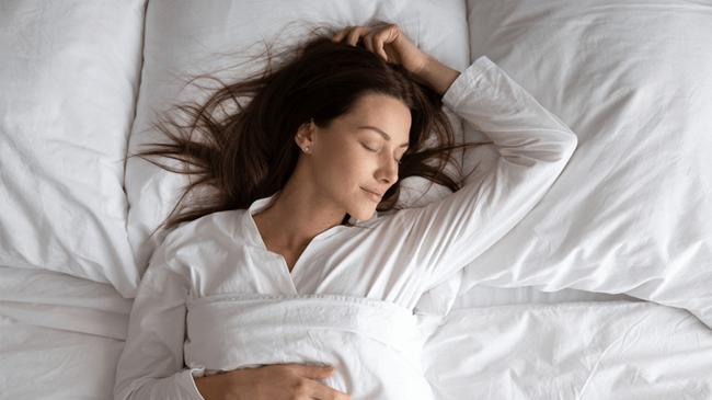 年代別睡眠課題が判明。20代は睡眠リズムの乱れ、30~40代はストレスによる睡眠不調が増加