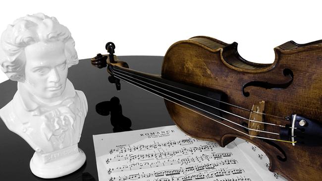 楽器店員のベートーヴェンのイメージは?「感情の起伏が激しい」「気難しい」「情熱的」