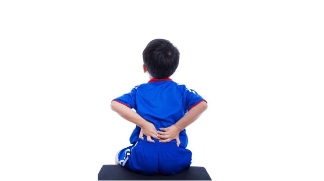 理解されない苦しさが…コロナ禍で大人だけでなく子どもに広がる「ぼっち腰痛」