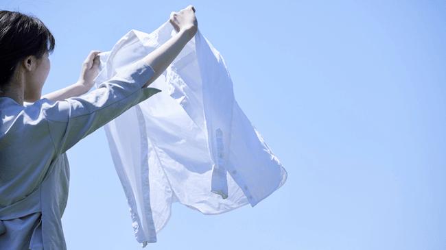洗濯リテラシーは大丈夫?洋服を傷める原因になる「窓際」に洗濯を干してしまっている人約6割!